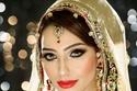 مكياج عروس من الهند بأحمر شفاه كلاسيكي
