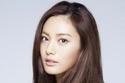 المغنية الكورية نانا