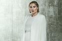 عباية كارديجان لإطلالة باللون الأبيض
