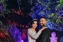 الرومانسية واضحة بين سمية الخشاب وأحمد سعد في حفل عقد القران