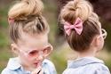 تسريحات شعر أطفال بسيطة وناعمة لإطلالة طفلتك