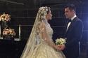 زفاف طوني فرنجية وعروسه تتزين بفستان إيلي صعب