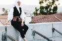 دلال الدوب بلوك كاجوال عصري مكون من فيست وقميص أبيض وبنطال أسود
