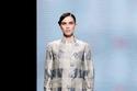 إطلالة أنيقة مع بدلة وبتطلون بيجاما من مجموعة Giorgio Armani
