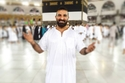 أحمد سعد يتعرض لهجوم قاسِ بسبب ما فعله بعد عودته من الحج مباشرة