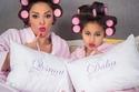 """صور داليا البحيري مع ابنتها يرتديان نفس الأزياء في جلسة تصوير""""شقية""""... شاهدوا مدى الشبه بينهما"""