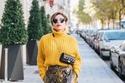 على طريقة مدونات الموضة: ارتدي نقشة جلد الثعبان الرائجة لإطلالة ساحرة