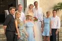 باريس هيلتون وأسرتها في حفل زفاف شقيقها الأصغر بارون
