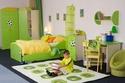 غرف نوم للأطفال بديكورات ملاعب كرة القدم