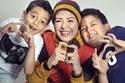 صابرين مع أولادها