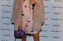 """Anna Dello Russo تحمل حقيبة """"Fiamma"""""""