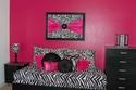 ديكورات غرف نوم باللون الوردي لدعم حملة سرطان الثدي