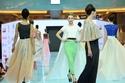عرض أزياء Farfalla