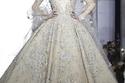 للعروس: أشرقي جمالاً في زفافك مع هذه الفساتين من أسبوع الموضة الباريسي ربيع وصيف 2015