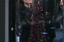 صور أنجلينا جولي تتسوق بدون مكياج