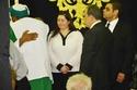 مي نور الشريف استقبلت المعزيين بوالدها في سرادق الرجال وهي ترتدي قميص أبيض
