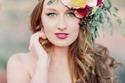 زيني تسريحة زفافك بأكاليل الزهور في 2015