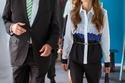 الملكة رانيا العبد الله تعلمك كيف تكون الأناقة الحقيقية في القميص والبنطال