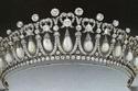 صور كيت ميدلتون تتزين بتاج الأميرة ديانا المفضل في استقبال دبلوماسي داخل قصر باكنغهام