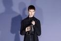 بدلة رسمية باللون الأسود من مجموعة  Givenchy ما قبل خريف 2021