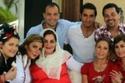 حماة زوج أنغام وشقيقة طارق العريان مع عائلتها