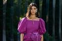 فستان أرجواني قطعتين من مجموعة Ulla Johnson لربيع وصيف 2022