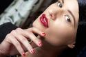 بالصور: 15 فكرة مبتكرة لطلاء الأظافر من عارضات الأزياء