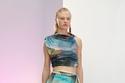 إطلالة قطعتين بألوان Tie Dye من Acne Studios