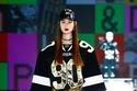 إطلالة فضفاضة مع شورت من مجموعة Dolce & Gabbana لخريف 2021