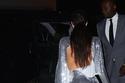 كيم كارداشيان ونورث ويست بفساتين متماثلة من الترتر في حفل كانييه ويست