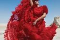 ياسمين صبري بفستان أحمر مختلف ومميز في جلسة تصوير