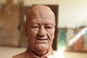 تفاصيل تمثال حسن حسني للنحات محمود فؤاد