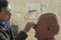تمثال حسن حسني يثير ضجة عبر السوشيال ميديا للنحات محمود فؤاد