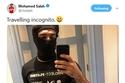 محمد صلاح يكشف سبب تنكره موضحاً أنه يريد السفر في هدوء