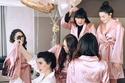 بورجو قبل الزفاف مع أصدقائها