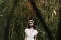 فستان دانتيل من جورج شقرا