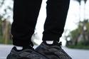 حذاء ايزي Adidas Yeezy 700 V3 Alvah