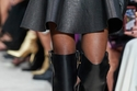 حذاء بوت عالي الركبة من  Valentino