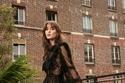 فستان أسود تل ودانتيل من مجموعة زهير مراد ريزورت 2022