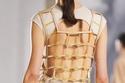 الفستان القصيربظهر مفتوح من Hermès