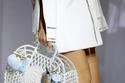 حقيبة بتصميم قفص من Fendi