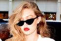 تعرفي على أكثر 14 نظارة شمسية مفضلة لدى عارضة الأزياء جيجي حديد