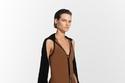 فستان بيج من مجموعة 3.1 Phillip Lim ريزورت 2022