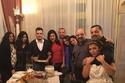 صورة عائلية لأحمد إبراهيم مع أسرة زوجته الأولى