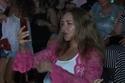 لحظة اندماج ورقص ليلى علوي في حفل عمرو دياب