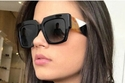 1 النظارة المربعة للوجة الدائري