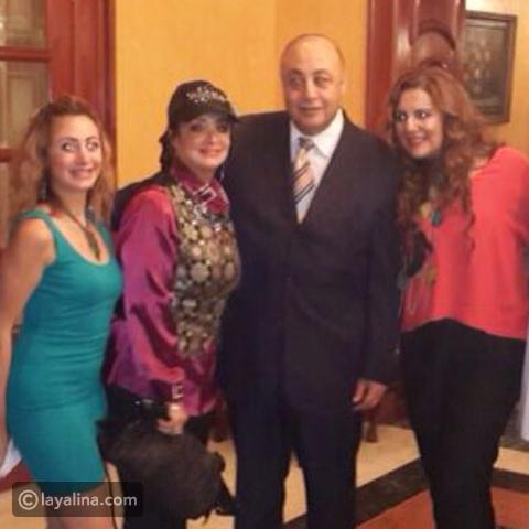 تعرفوا على الممثلة الشابة ابنة خالة رانيا محمود ياسين لن تصدقوا الشبه الكبير بينهما ليالينا