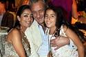 ابنة أحمد الفيشاوي مع جدها الراحل فاروق الفيشاوي ووالدتها هند الحناوي