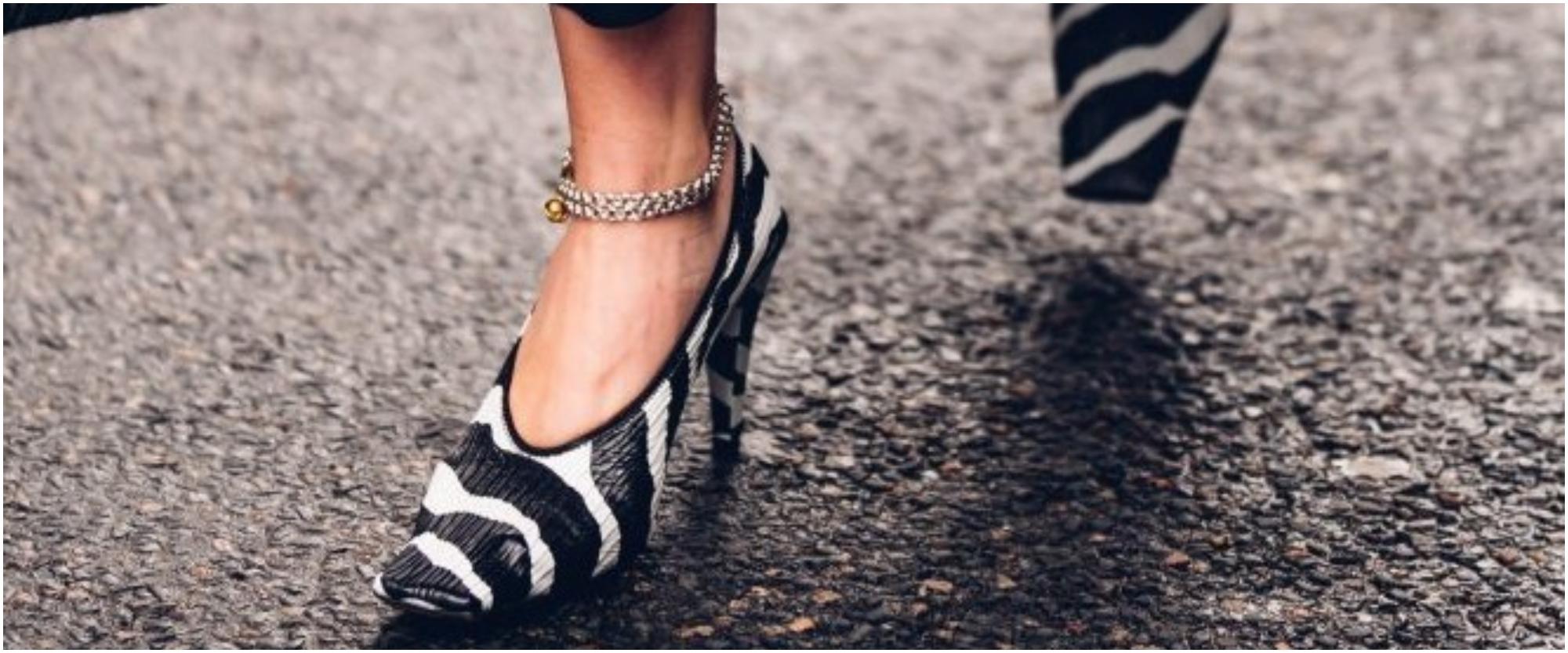 موديلات أحذية بنقوش الحيوانات اختاريها لإطلالة أنيقة