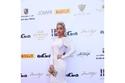فستان مودل روز في حفل مجلة إنيجما
